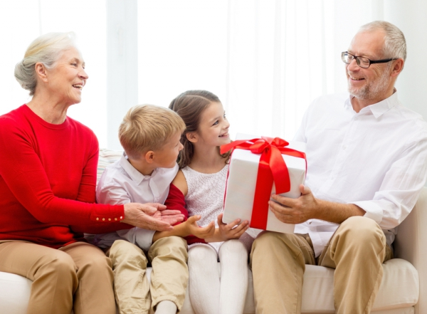Подарок бабушке с дедушкой 23