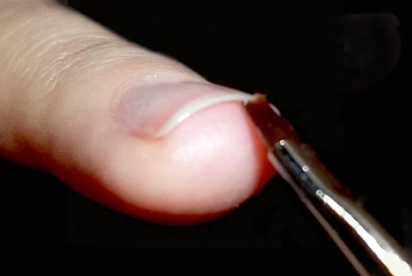 Что значит запечатать торцы ногтя